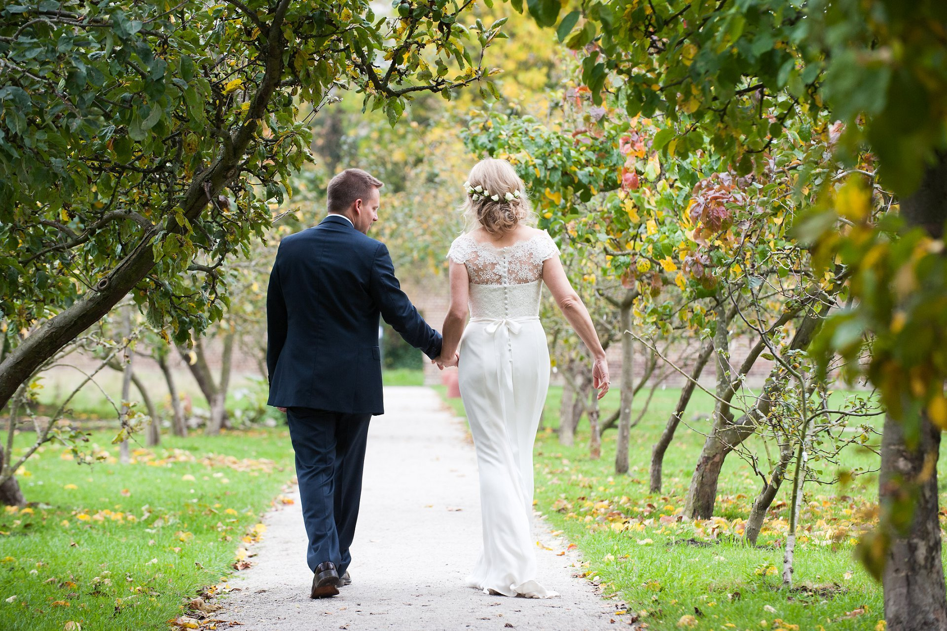 The ancient walled garden at Fulham Palace is a wonderful backdrop to wedding photographs of the happy couple
