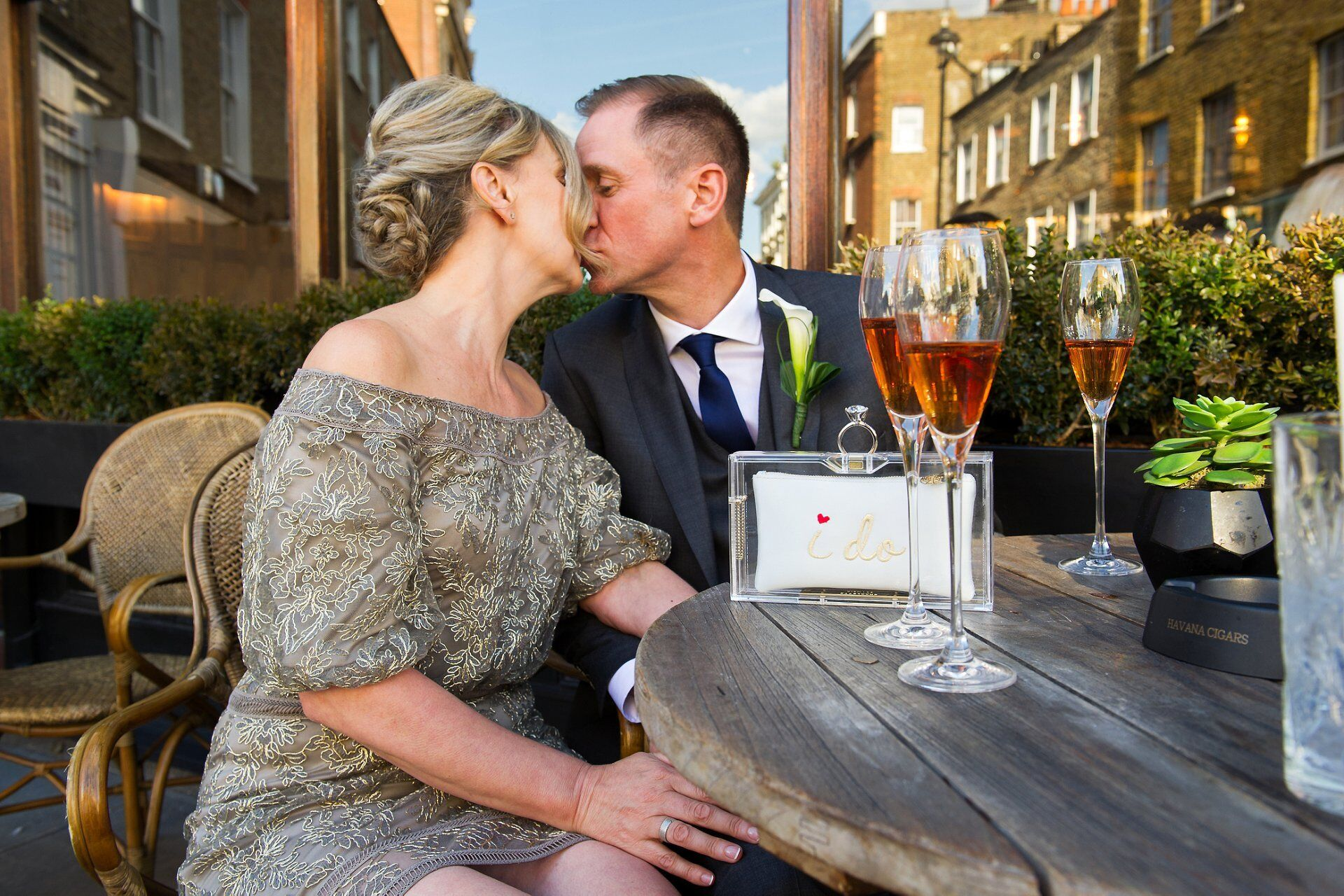 couple kissing harcourt wedding photographer ideal reception venue for old marylebone town hall ceremonies by emma duggan photography